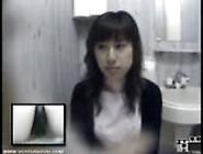 Spycam Captures Japanese Women Pissing
