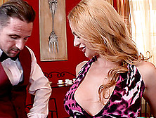 Glamour Couple Performs A Reality Hardcore Sex Scene