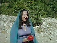 Samira Toufik In Bento Aantar Movie
