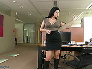 Apple-Bottom Bitch Aletta Ocean Teases Everyone With Her Lusciou