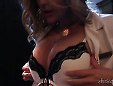 Bubble Butt Blondie Alexis Texas Rides On Cock Like A True Cowgi