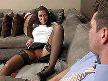 Naughty Rachel Starr Spreads The Legs For Man's Tongue To Provid