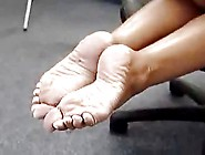 Chick With The Fat Ass And Wrinkled Soles (Kelly)