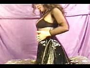 Milf Fuck - Sabrina - Haarige Brasilianerin