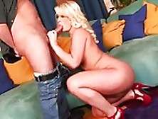 Julie Cash Pawg