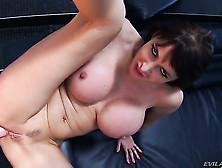 Eva Karera Gets Pleasure With Erect Boner In Her Mouth After She
