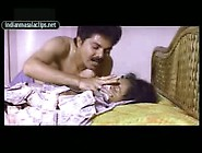 Indian Mallu Porn Video Of Classic Vintage Actress Going Topless