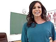 Teacher Kendra Has Her Assworshipped
