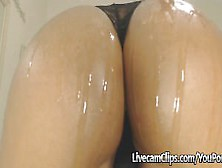 Amazing Big Ass On Cam Twerk And Ride
