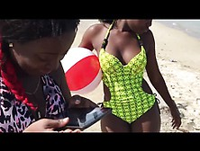 2 Hot Jamaican Ebony Babes Shake Their Asses On The