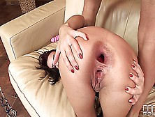 Alysa Gap Huge Pussy And Ass Gape