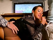 Hottie Gets Her Juicy Pussy Licked And Fucked With Passion