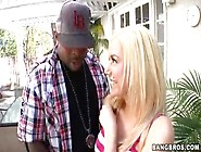 Mariah Madysinn Pornstar With Big Tits Gives A Handjob