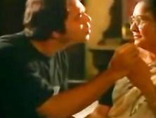 Indian Aunt Man Kissing - Hotmoza. Com