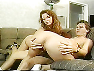 Two Sexy Amateurs In Ffm Threesome