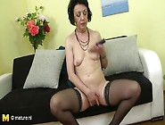 Sexy Old Lady In High Heels Rubs Her Clitoris