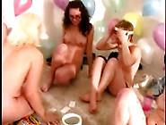 Amateur Teen Lesbians Eat Pussy
