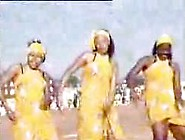 Sexy Ass Somali Girls Dancing