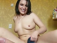 The Hairdresser Akasha Takes The Cash For Anal Fucking