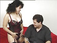Stephanie Swing Gets Her Pussy Hole Pummeled