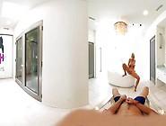 Hot Blondie Alix Lynx Fingers Her Pussy In Hot Vr Bathroom Mastu