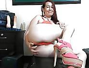 Colobiana Madura Sabrosa Hace Anal En Webcam