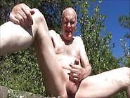 Grandpa Wanking,  Peeing And Sucking Outdoor!