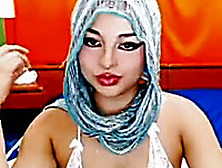Webcam Solo With An Arab Hussy Masturbating Her Hairy Cunt