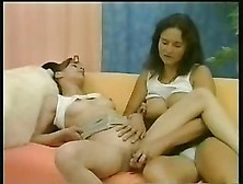 Mother & Daughter Hot Lesbian Xlx