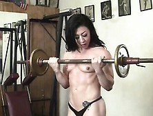 Bodybuilder Carmin Blue And Her Big Clit