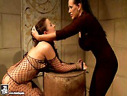 Gorgeous Dark Haired Slave Girl In - Pornsharing. Com Porno Video