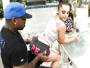 Liza Del Sierra Is A Hooker With A Massive Rack And A Round Boot