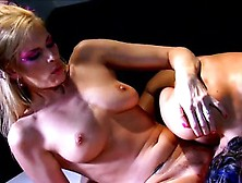 Stacked Brunette Seduces Darryl Hannah For Some Exciting Lesbian