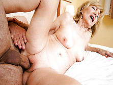 Szuzanne & Leslie Taylor In Lusty Szuzanne's Naughty Fun - 21Sex