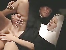 Suore In Calore - Film Porno Italiano