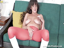 Horny Big Tits Brunette Kate Anne Masturbates In Crotchless Pantyhose Boots