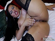 Primalbang Booty Popping Brunette Slut Amy Latina In Lingerie Does A Striptease