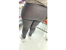 African Milf Phat Ass In Grey Tights!!