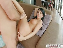 Pleasing Jessyka Swan Brings Dude To Ejaculation