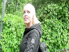 Deutsche Milf Sophie Logan vögelt gerne Spontan