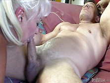 Dana Hayes Is S Blond-Haired Granny
