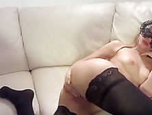 Junior Girlfriend Pussy Gets Fisted
