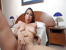 Deutsche Latina Nutte Collien Fernandes sexy JERK OFF CHALLENGE