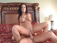Lisa Ann Bathroom Sex