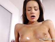 Sophie Lynx Strips Down For A Blowjob And Fuck